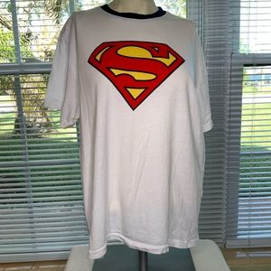 Superman tee size L